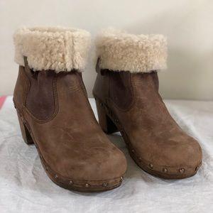 Sanita sheepskin lined clog boots